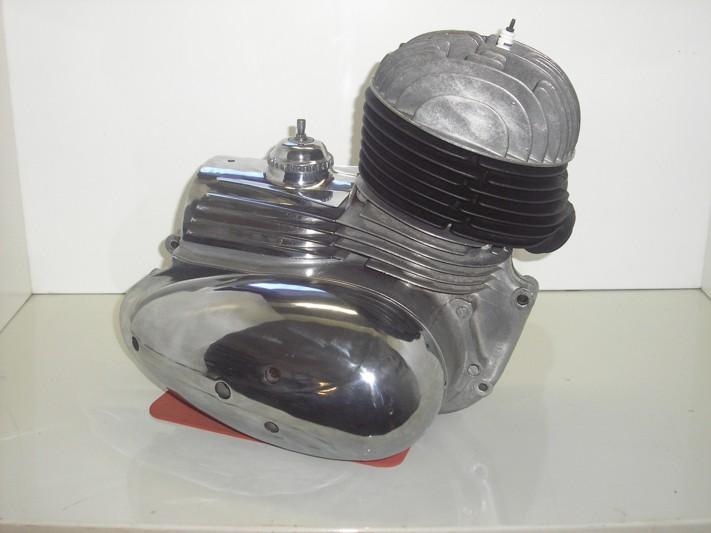 motor ČZ 175